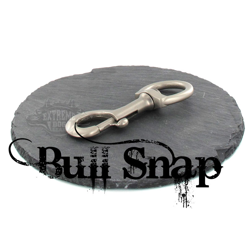 red leash bullsnap